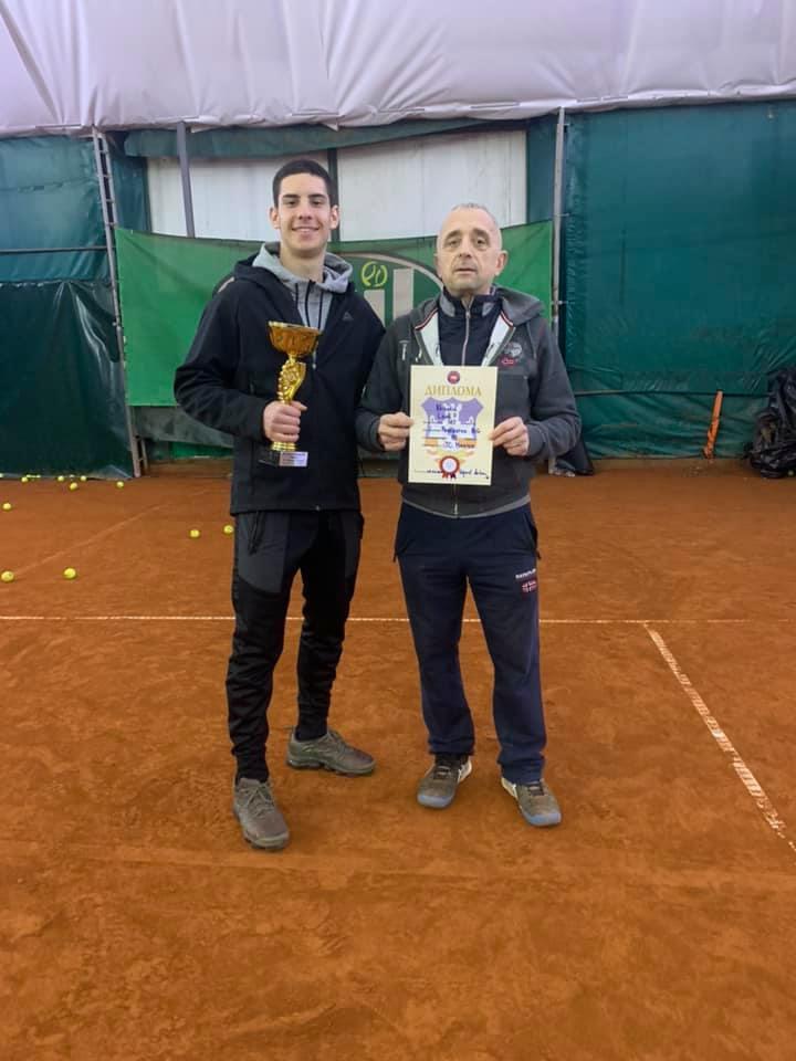 Leon Nikolić i trener Dragan Ilić