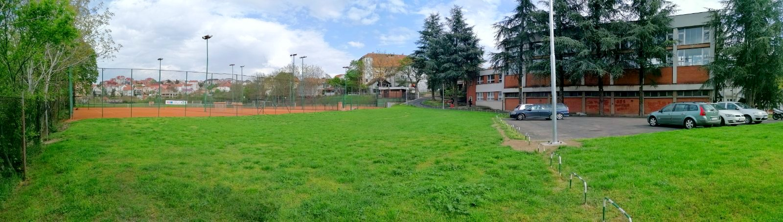 Teniski tereni teniskog kluba Dril u Žarkovu