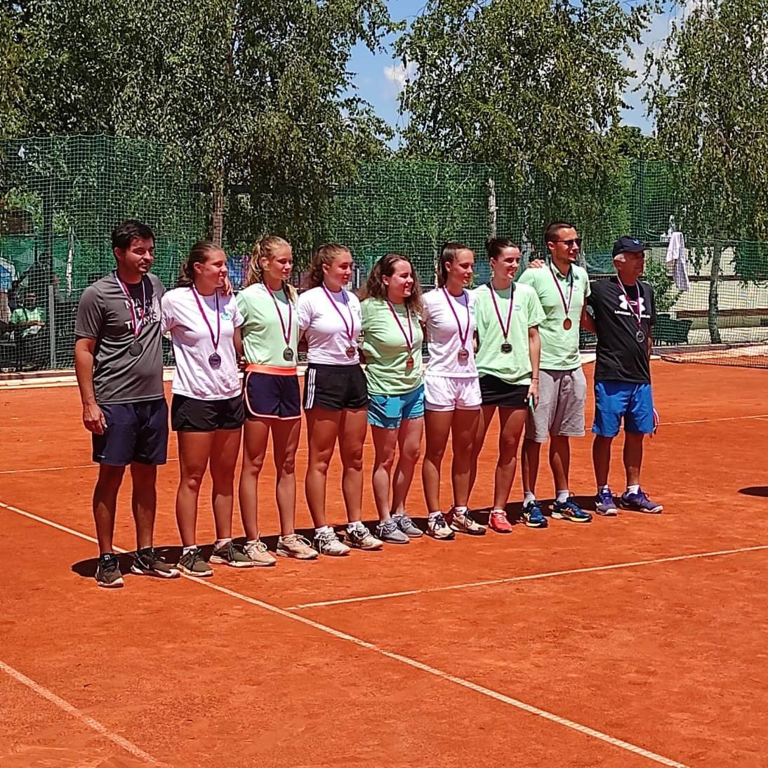 Vicešampionke Srbije Teniski Klub Dril